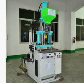 厂家供应小型气动立式注塑机定制 电源线专用生产设备