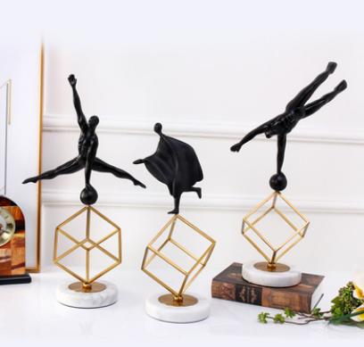创意黑色小人大理石树脂抽象艺术书房卧室客厅摆件金属工艺装饰