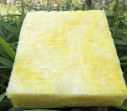 离心玻璃棉生产厂家供应铝箔贴面玻璃棉板丨无甲醛环保玻璃棉板