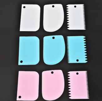 新款彩色刮板三件套 奶油塑料刮板蛋糕 切面刀 厨房烘焙工具批发