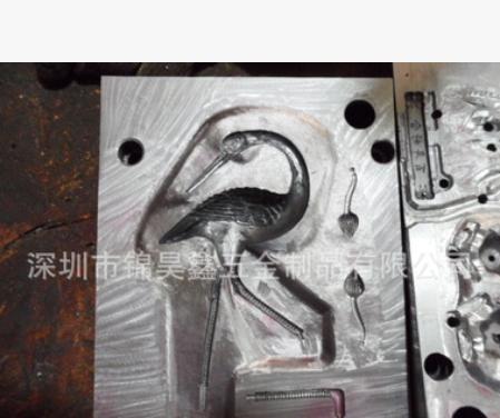 承接锌铝合金88T-280T压铸加工 来图来样开模生产金属工艺品