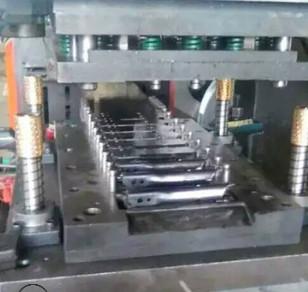 专业供应不锈钢冲压模具 连续级进模冲压加工