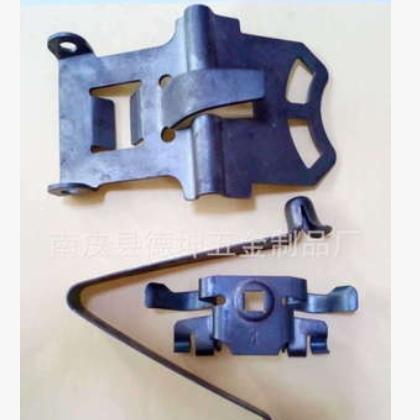 厂家供应五金金属高速连续冲压五金配件锰钢材料热处理电镀