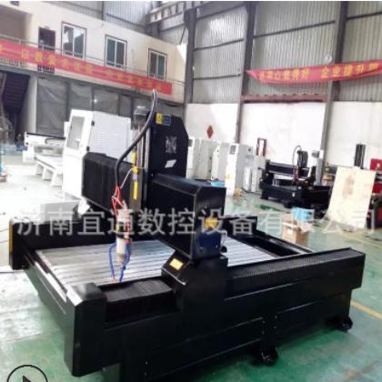专业生产大型高效率的金属雕刻机,自动上下料防盗铜铝门雕刻机