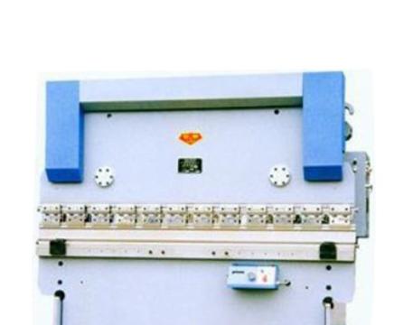 液压折弯机WE67Y-100/3200板料折弯机 大型液压金属折弯机供应