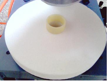 专业供应砂轮厂设备,砂轮内孔塑料孔压孔机