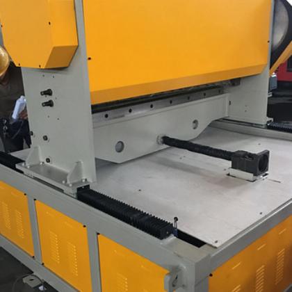 厂家直销 ABS板材追踪剪板机 ABS剪板机 可定制 款式多样