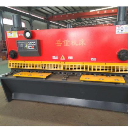 山东剪板机厂家常年生产制造性能优良操作简单液压闸式剪板机